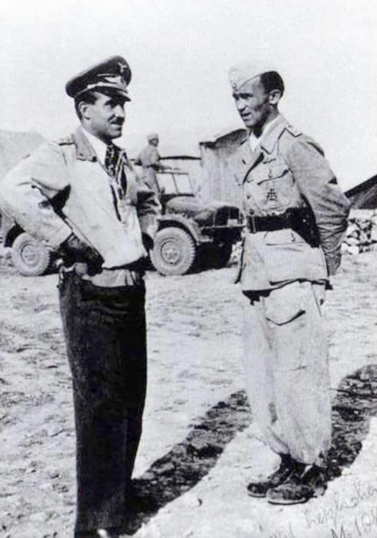 Aircrew Luftwaffe JG27 ace Eduard Neumann n Adolf Galland in North Africa Sep 22 1942 01