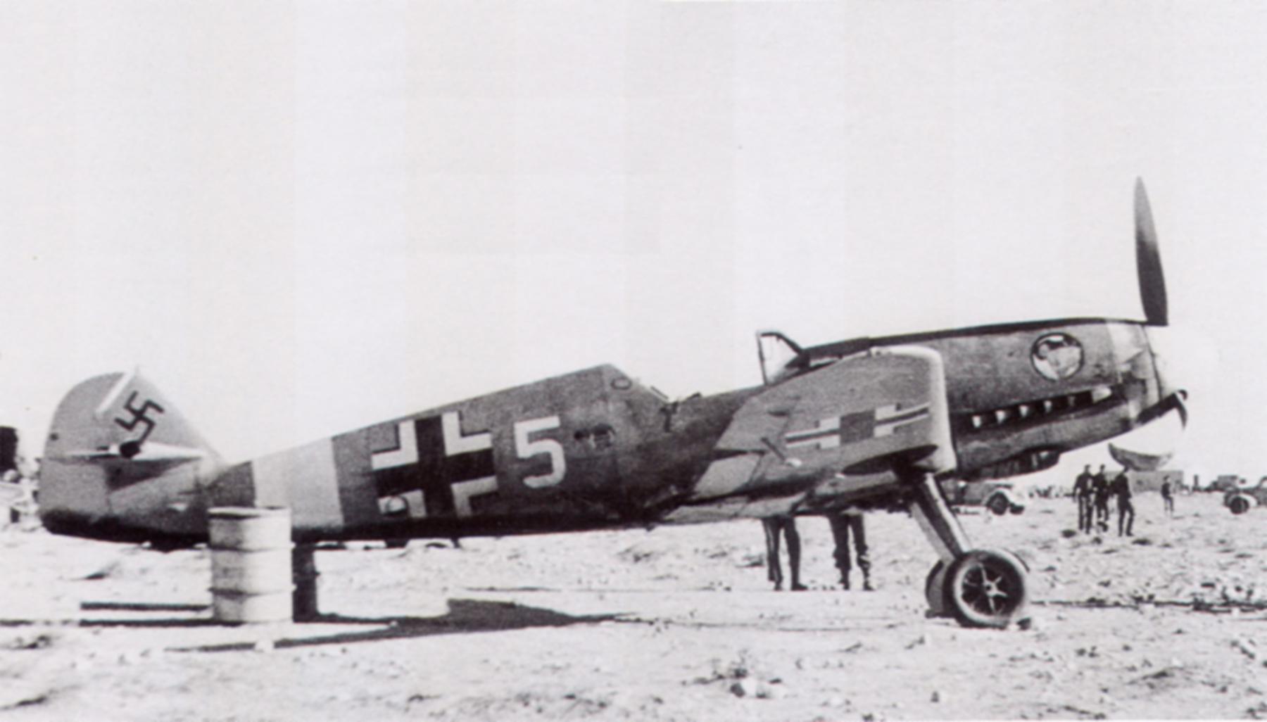 Messerschmitt Bf 109F4Trop 1.JG27 White 5 Albert Espenlaub crash landed El Adem Dec 1941 01