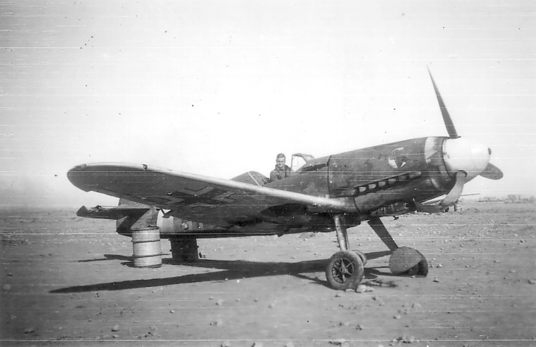Messerschmitt Bf 109F4Trop 1.JG27 White 5 Albert Espenlaub crash landed El Adem Dec 1941 04