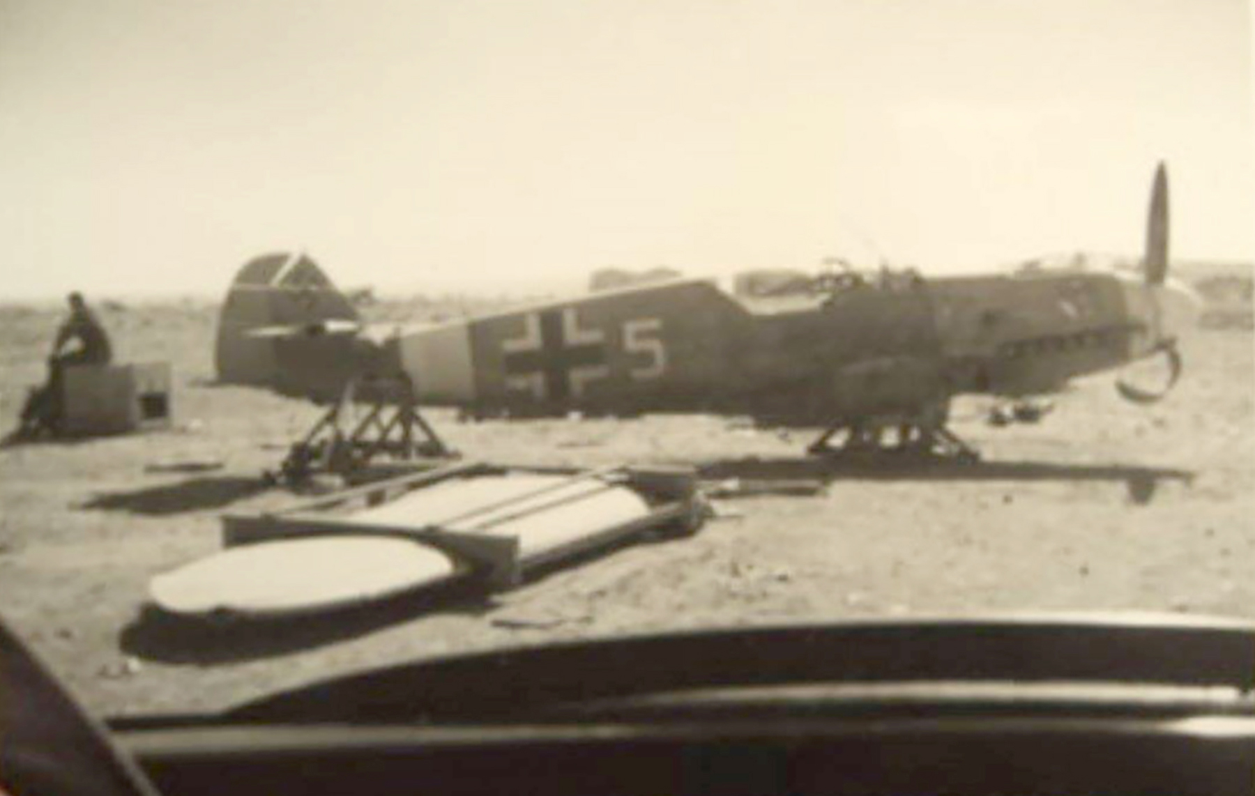 Messerschmitt Bf 109F4Trop 1.JG27 White 5 Albert Espenlaub crash landed El Adem Dec 1941 05