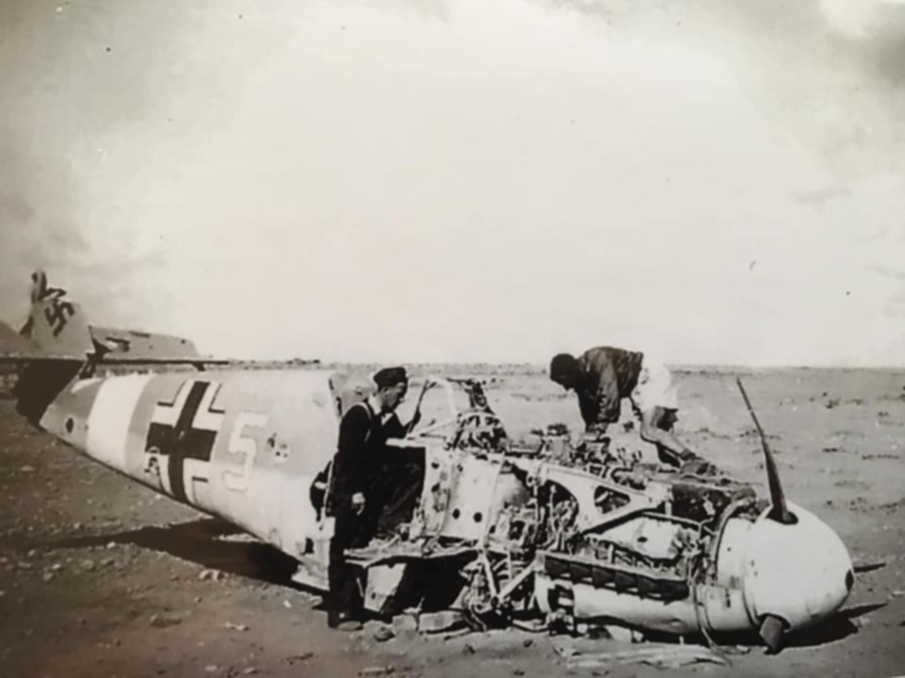 Messerschmitt Bf 109F4Trop 1.JG27 White 5 Albert Espenlaub crash landed El Adem Dec 1941 06