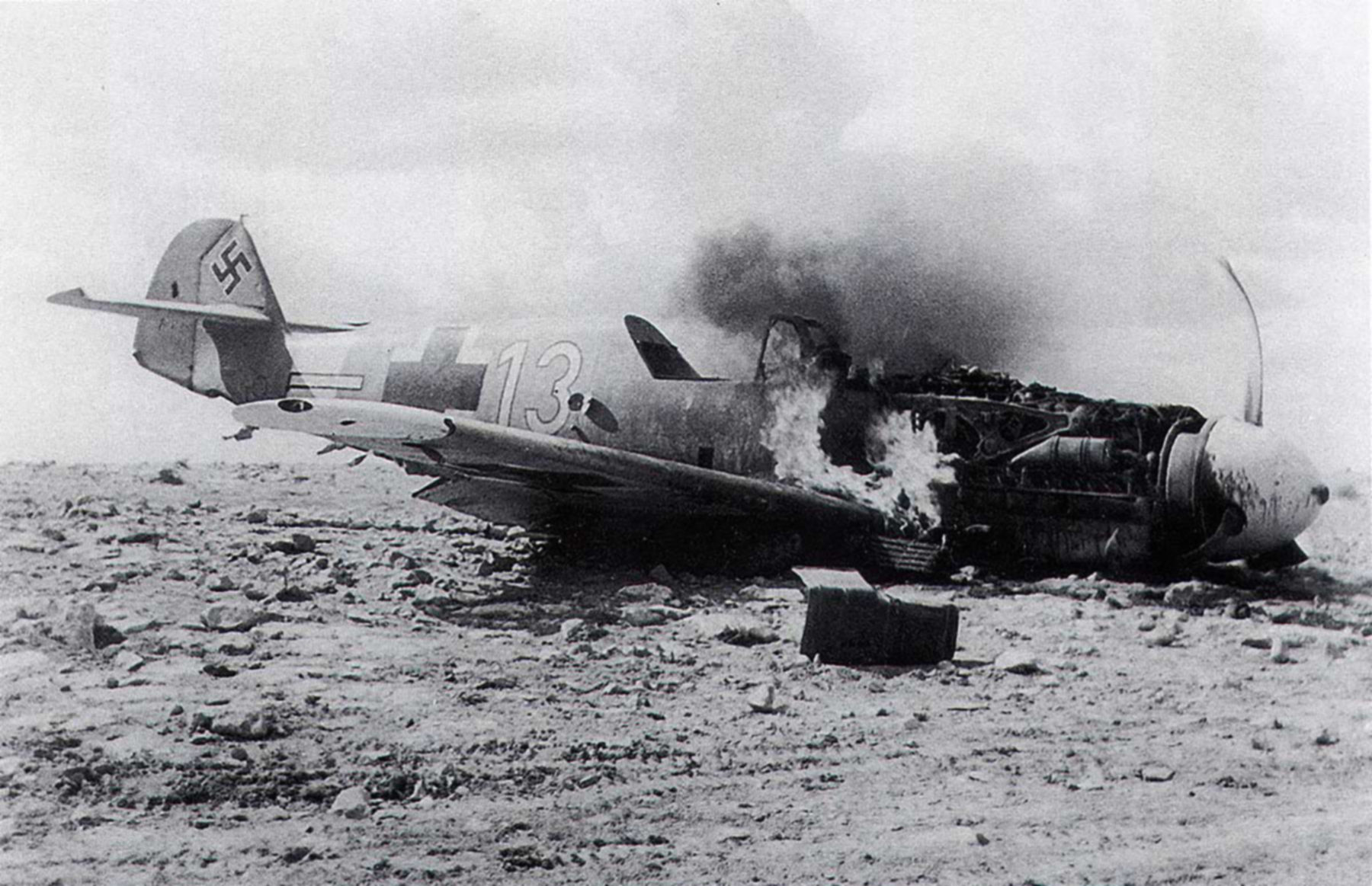 Messerschmitt Bf 109F4Trop 4.JG27 White 13 North Africa August 1942 01