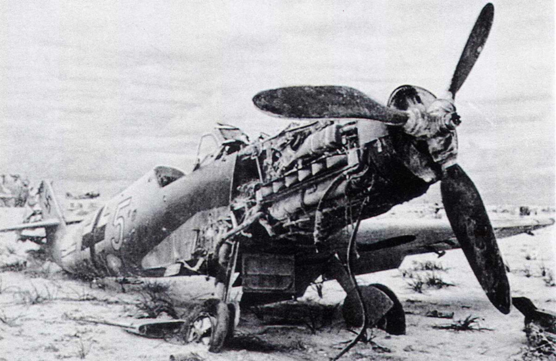 Messerschmitt Bf 109F4Trop 4.JG27 White 5 abandoned North Africa 1942 01