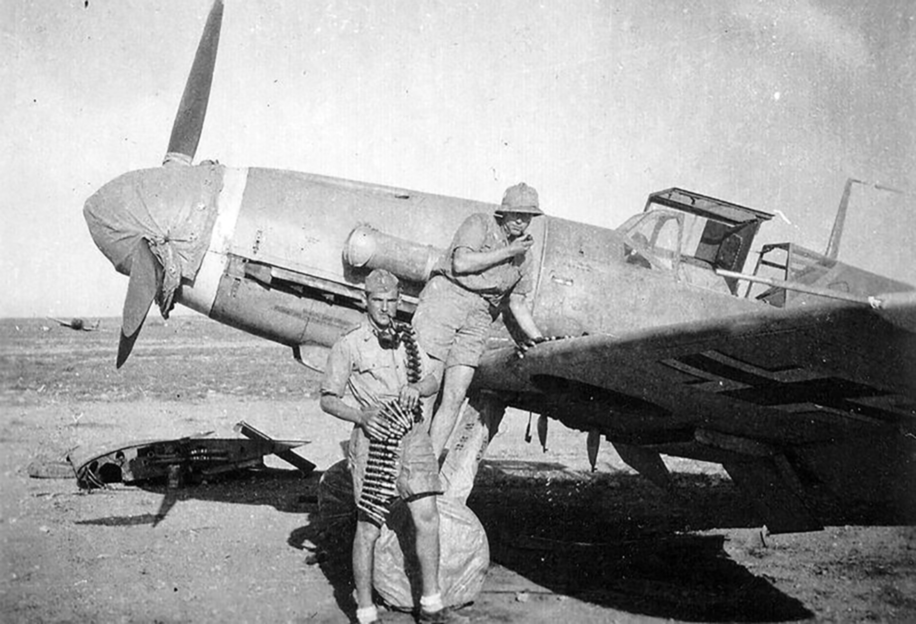 Messerschmitt Bf 109F4Trop 5.JG27 Black 10 North Africa 1942 04
