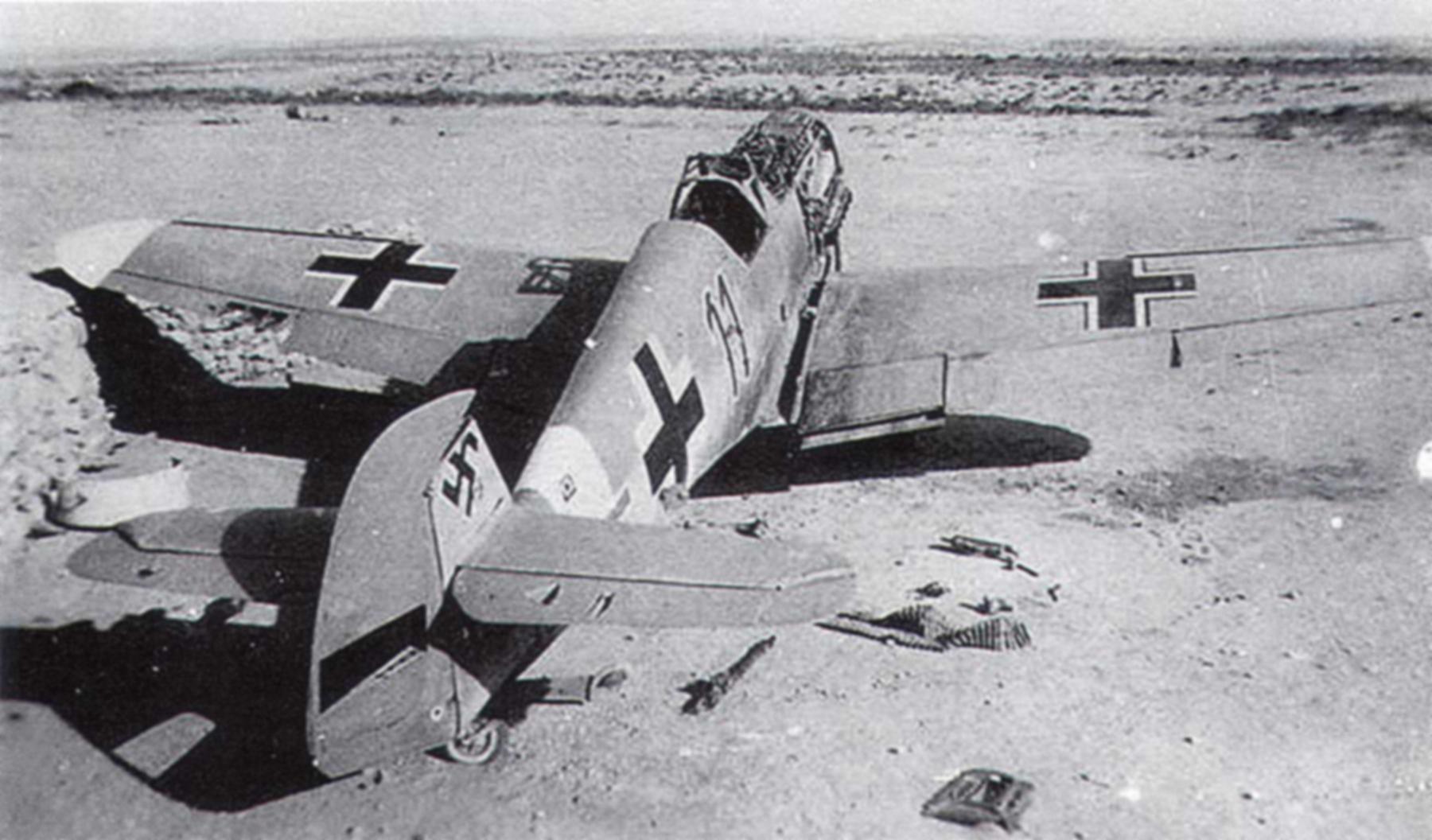 Messerschmitt Bf 109F4Trop 5.JG27 Black 11 North Africa 1942 01
