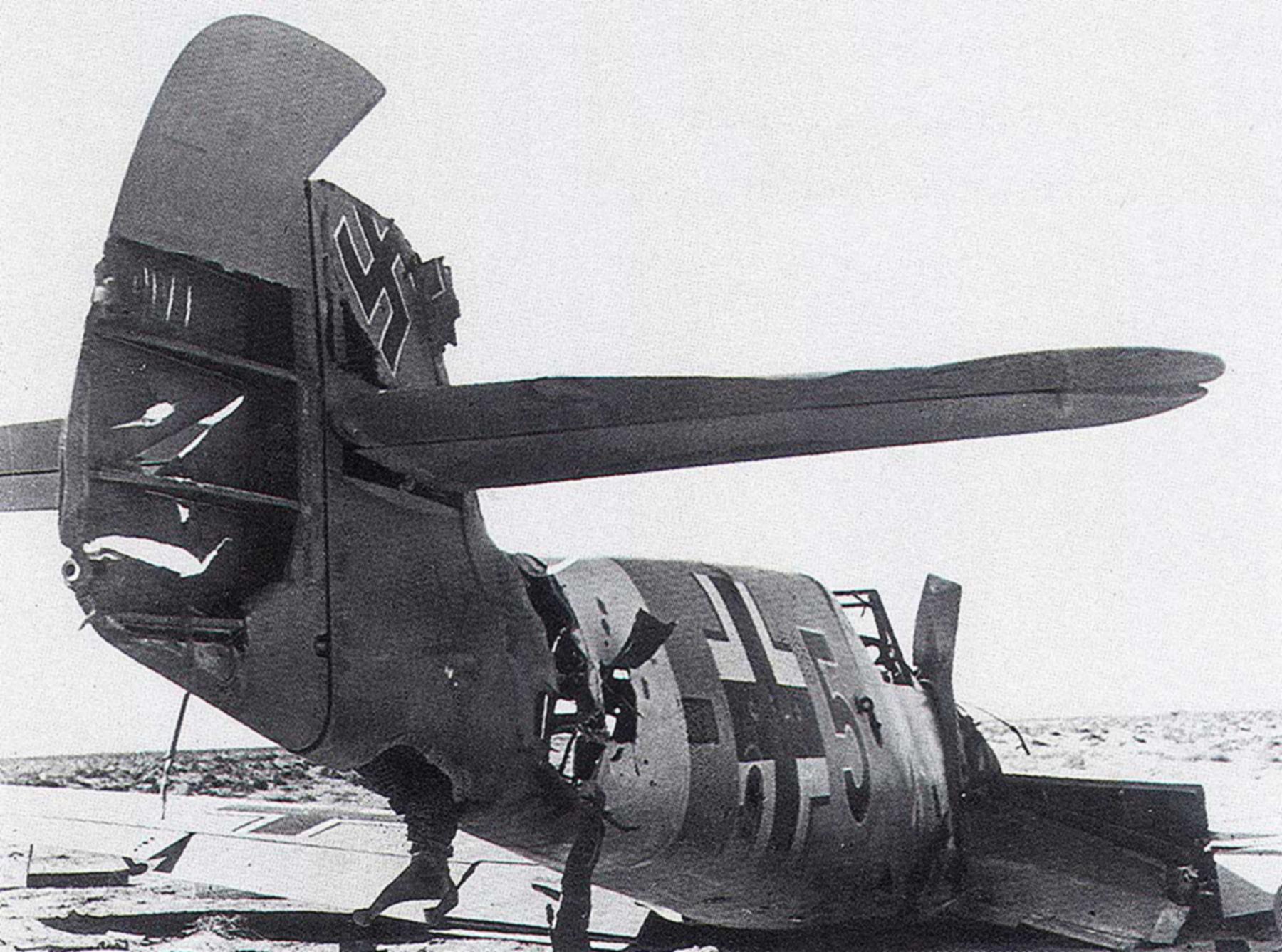 Messerschmitt Bf 109F4Trop 5.JG27 Black 5 Tmimi 1942 01