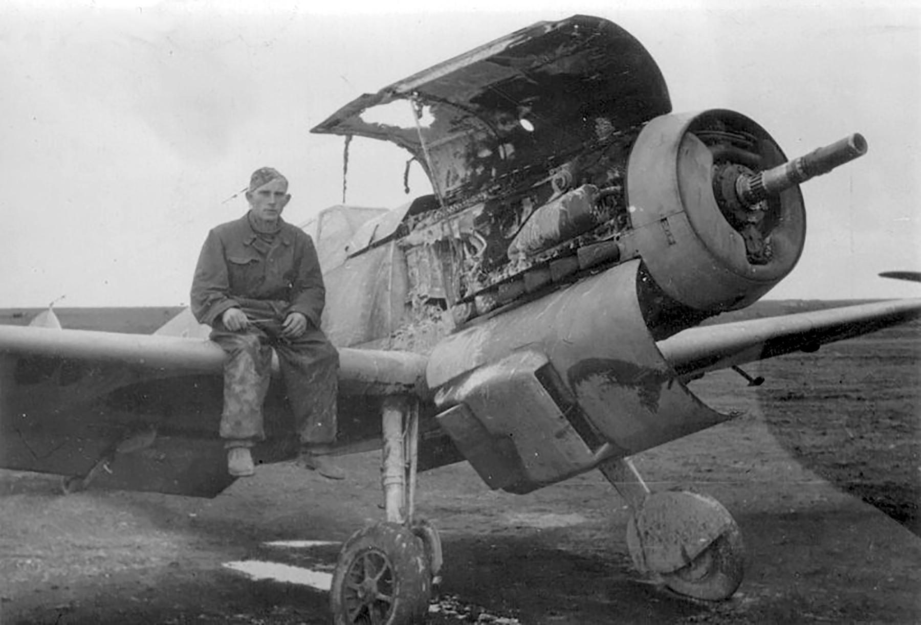 Messerschmitt Bf 109F4Trop 5.JG27 Franz Woidich North Africa 1941 01