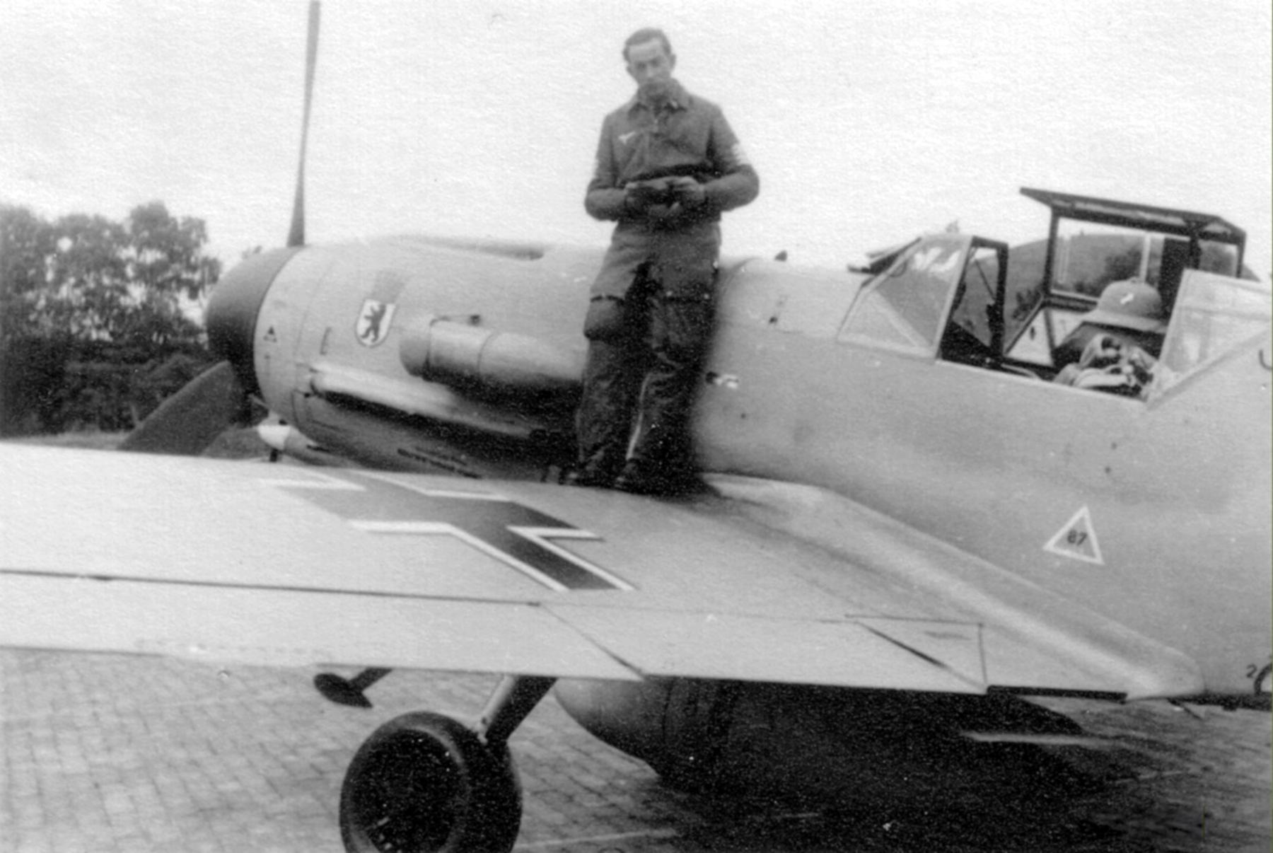 Messerschmitt Bf 109F4Trop 6.JG27 Erich Krenzke prior to ferry flight Doberitz 31st May 1942 ebay1