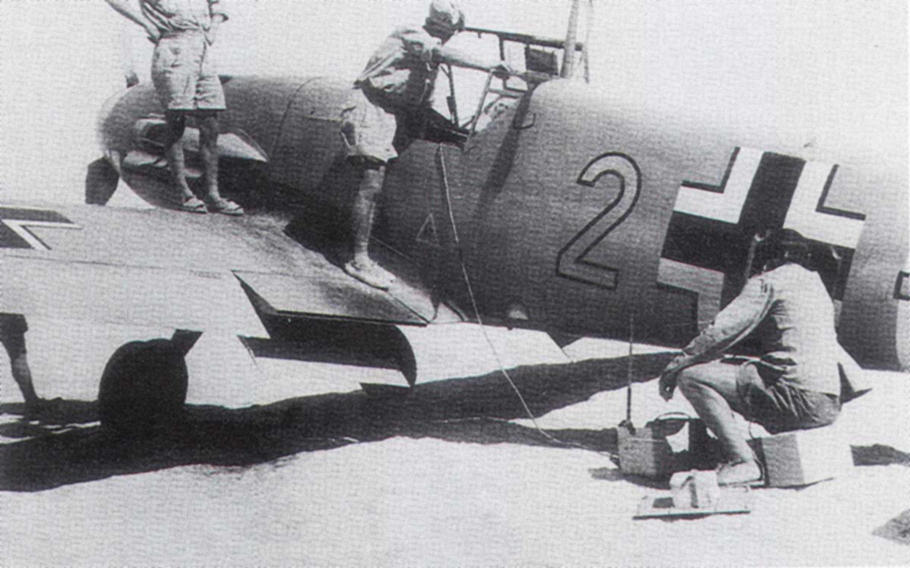 Messerschmitt Bf 109F4Trop 6.JG27 Yellow 2 North Africa August 1942 02