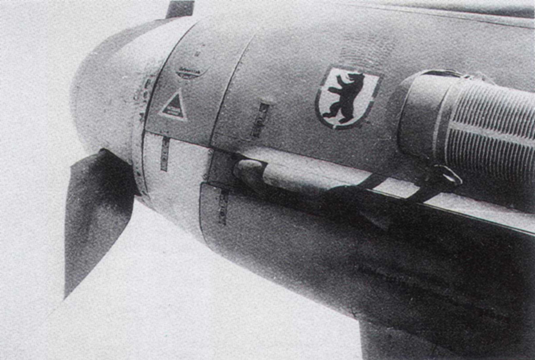 Messerschmitt Bf 109F4Trop 6.JG27 Yellow 2 North Africa August 1942 03