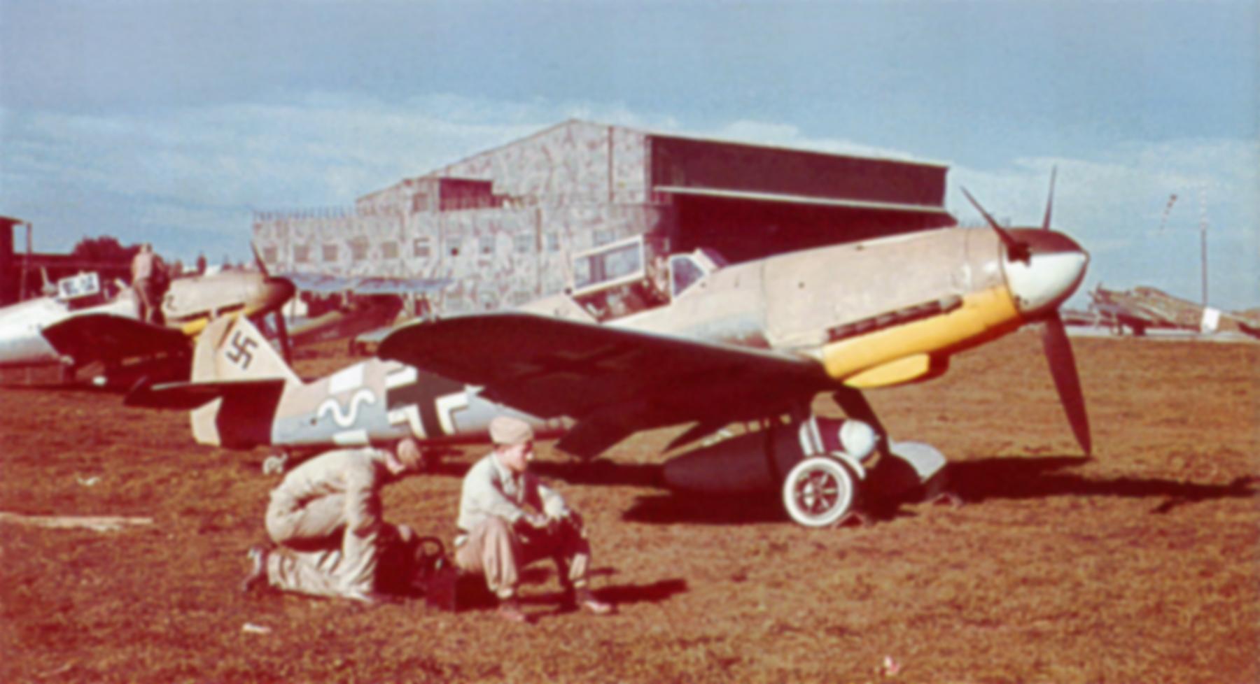 Messerschmitt Bf 109F4Trop 8.JG27 North Africa Feb 1942 01
