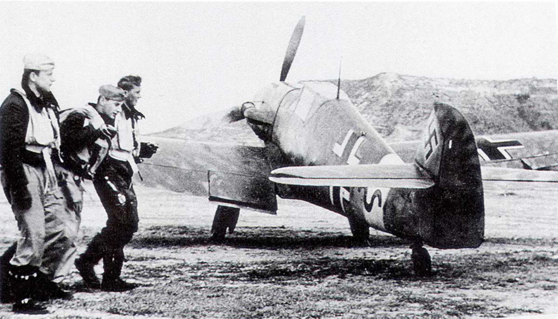 Messerschmitt Bf 109F4Trop 8.JG27 Red 2 Gadurra AF Rhodes Greece Feb 1943 02