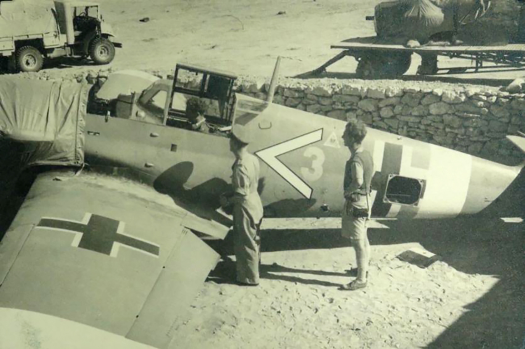Messerschmitt Bf 109F4Trop 9.JG27 Chivron Yellow 3 Daba Egypt Nov 1942 02