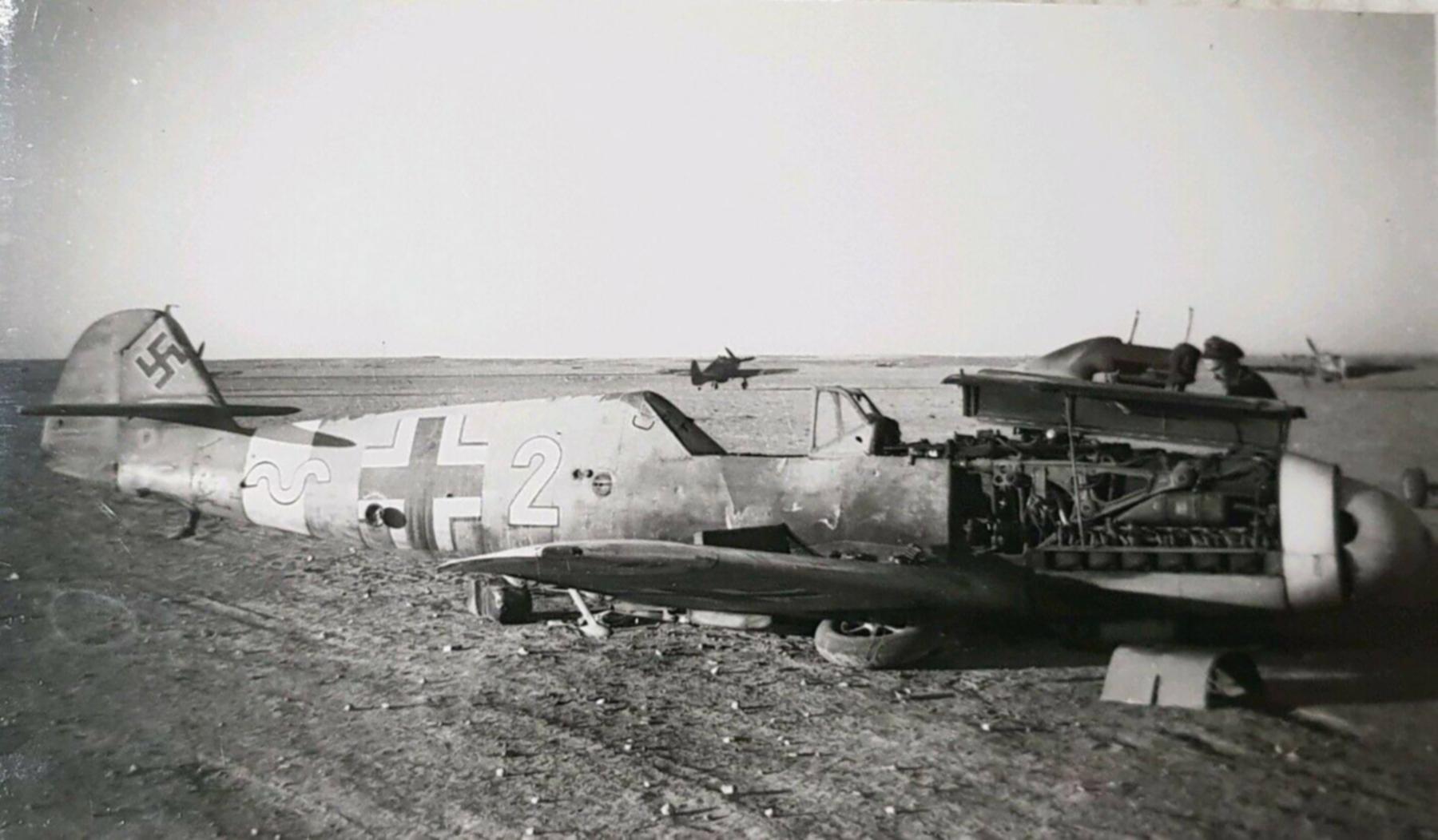 Messerschmitt Bf 109F4Trop 9.JG27 Yellow 2 belly landed North Africa 1942 01