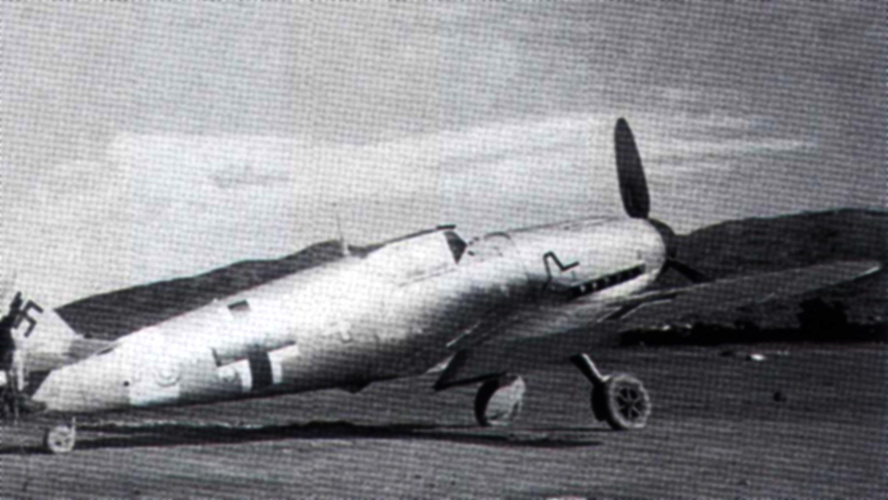 Messerschmitt Bf 109F4Trop 9.JG27 Yellow 4 Andreas Kuhn MIA WNr 7186 Daba Egypt Nov 1942 01