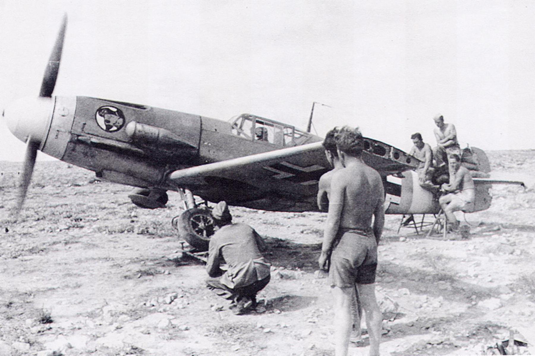 Messerschmitt Bf 109F4Trop JG27 North Africa 1942 03