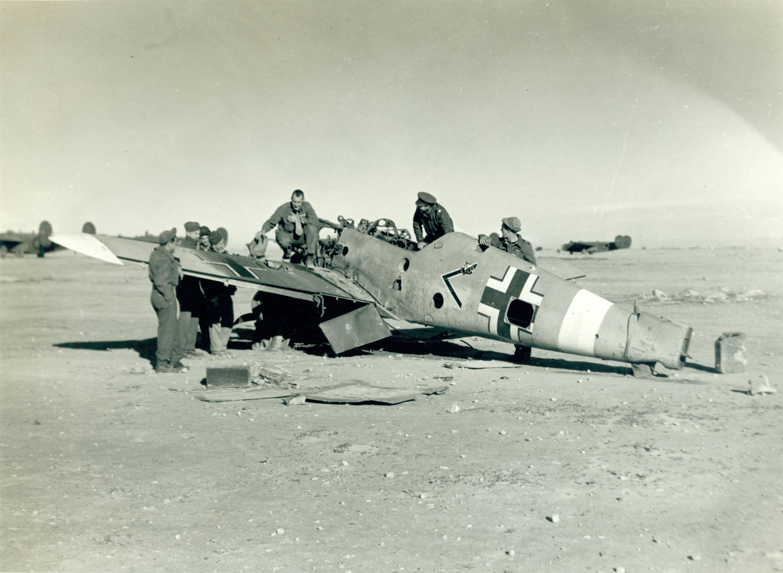 Messerschmitt Bf 109F4Trop Stab I.JG27 captured at Martuba early 1943 ebay 01