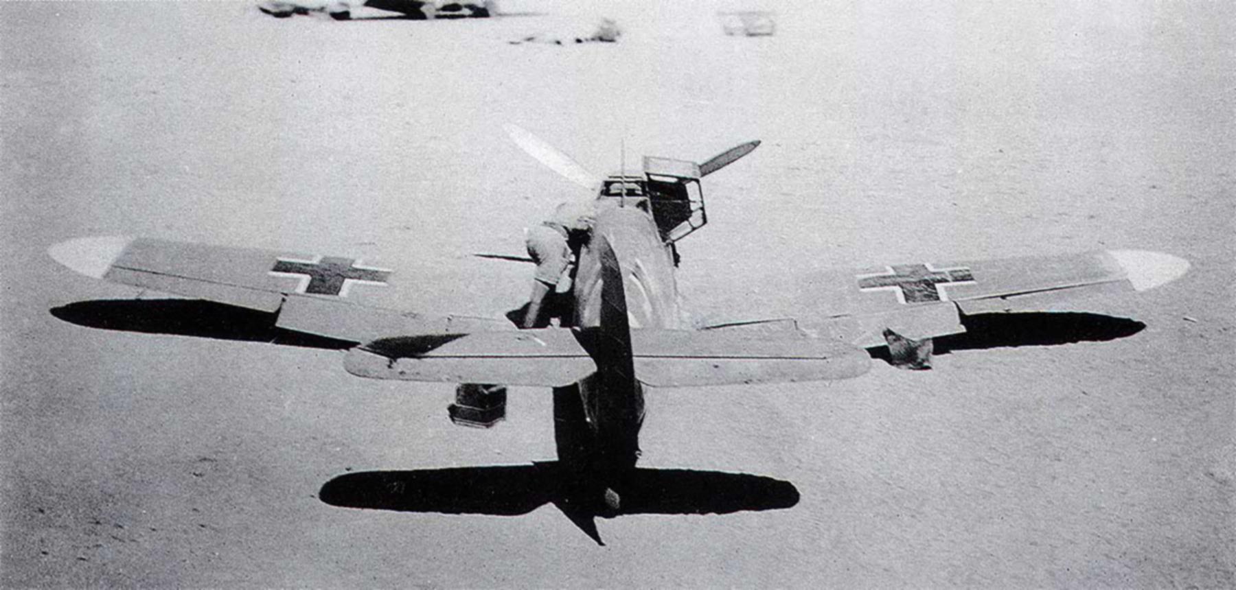 Messerschmitt Bf 109F4Trop abandoned North Africa 1942 01