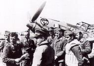 Asisbiz Aircrew Luftwaffe JG27 ace Albert Espenlaub 01