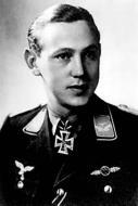Asisbiz Aircrew Luftwaffe JG27 ace Friedrich Korner 01
