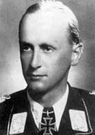 Asisbiz Aircrew Luftwaffe JG27 ace Gerhard Homuth 01