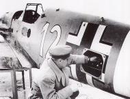 Asisbiz Messerschmitt Bf 109F4Trop 4.JG27 White 12 WNr 8438 El Gazala Dec 1941 01