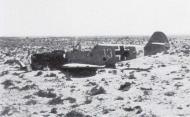 Asisbiz Messerschmitt Bf 109F4Trop 9.JG27 Yellow 13 crash landed North Africa 1942 01