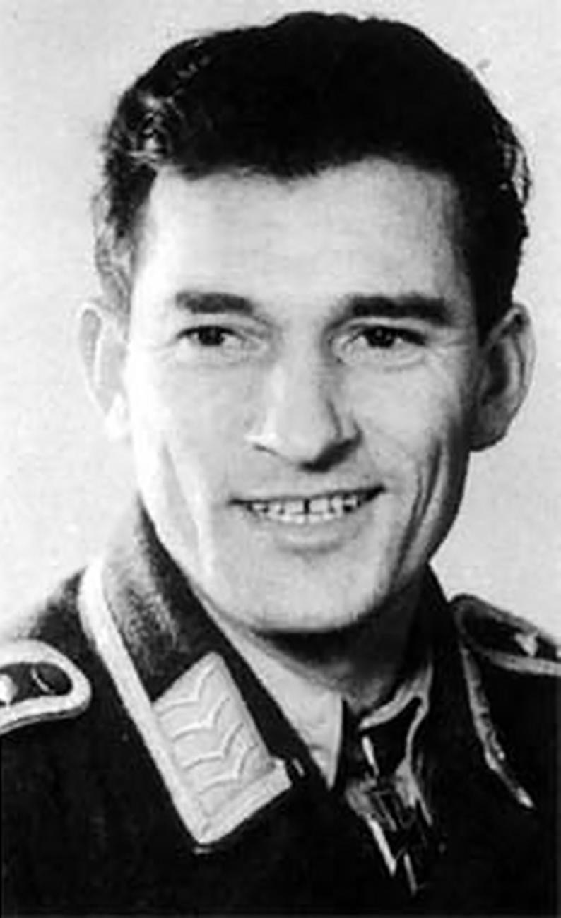 Aircrew Luftwaffe pilot 4.JG27 Heinrich Bartels 01
