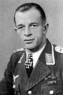 Asisbiz Aircrew Luftwaffe pilot JG53 Stefan Litjens Lyuban 01