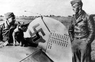 Asisbiz Aircrew Luftwaffe pilot JG53 Stefan Litjens Lyuban 02