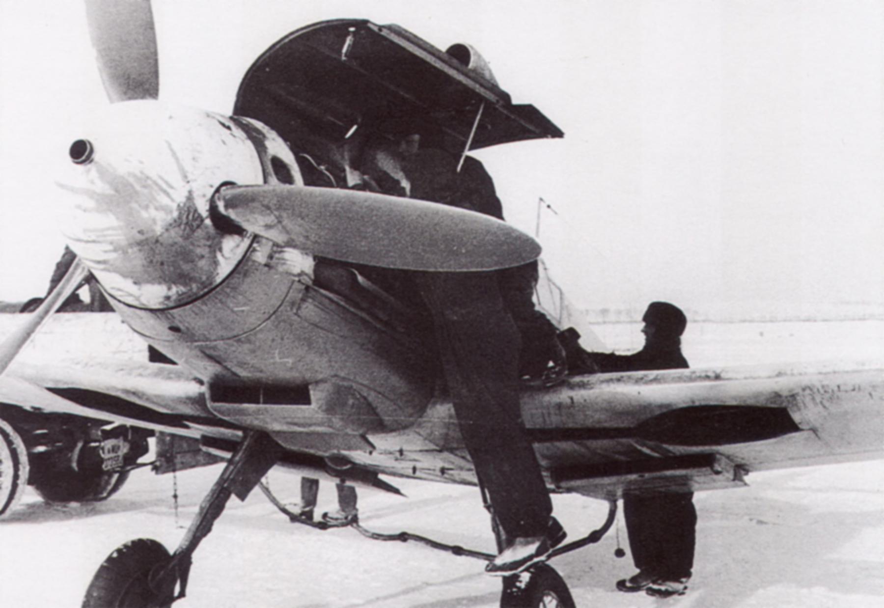 Messerschmitt Bf 109F JG54 Siverskaya Russia 1941 42 04