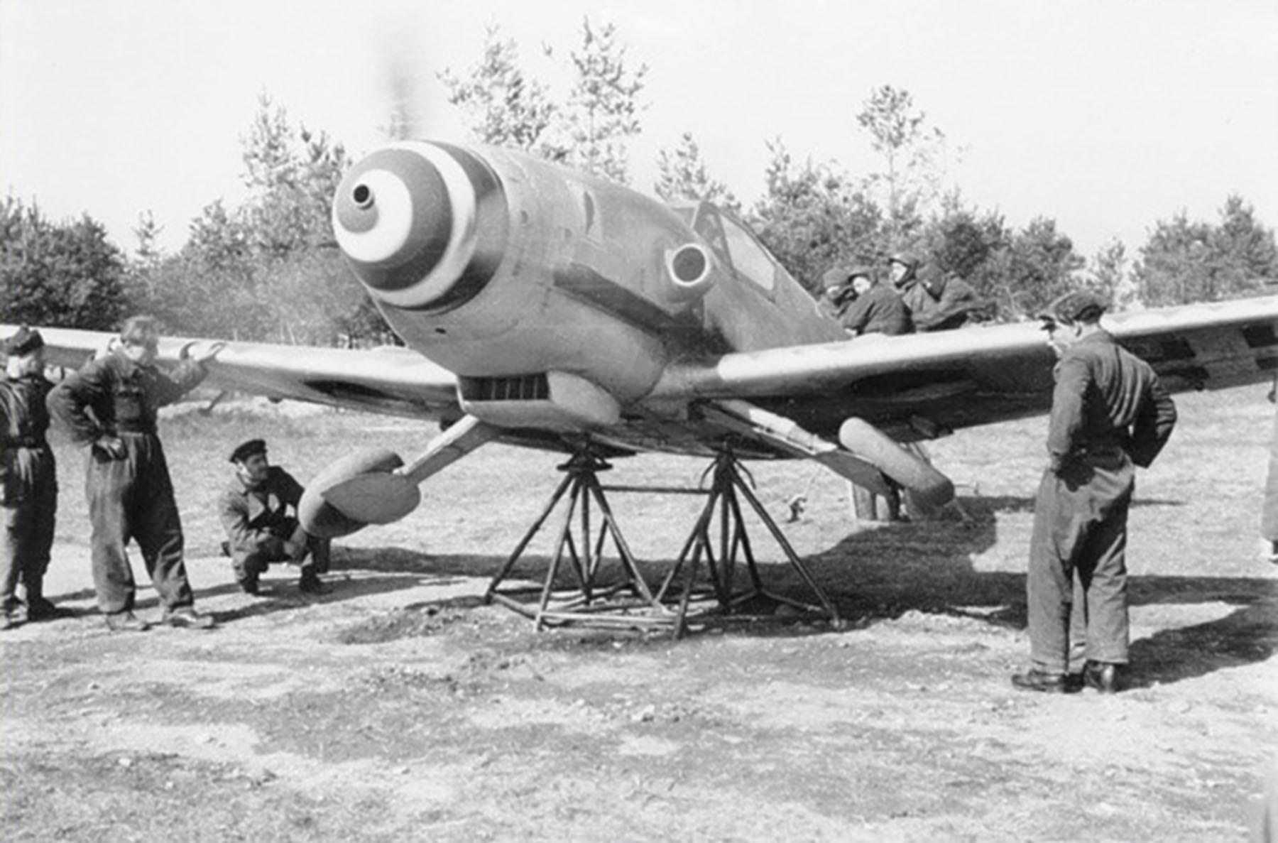 Messerschmitt-Bf-109G10-Erla-ANR-1Gr3Sqa