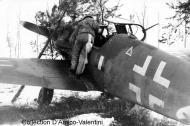 Asisbiz Messerschmitt Bf 109G14 ANR 2Gr5Sqn Yellow 16 WNr 464464 Italy Dec 1944 01