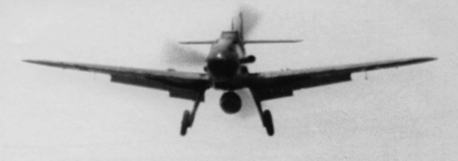 Messerschmitt-Bf-109G6R3-on-approach-to-