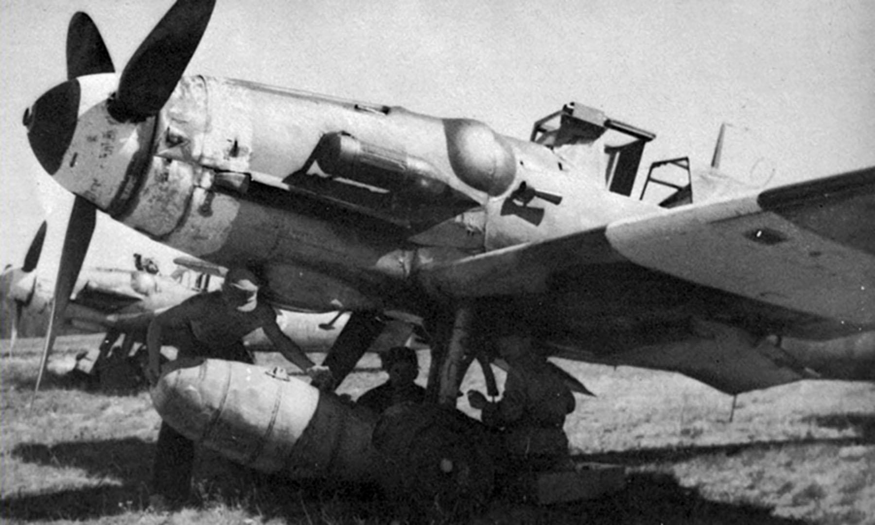 Messerschmitt Bf 109G6R3Trop FAF unknown unit Finland 01