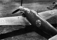 Asisbiz Messerschmitt Bf 109G2 FAF 1.HLeLv34 MT222 Juutilainen Finland 1943 01