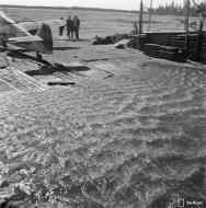 Asisbiz Messerschmitt Bf 109G2 FAF 2.HLeLv24 Jorma Saarinen at Suulajarvi Finland 12th May 1944 04