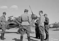 Asisbiz Messerschmitt Bf 109G2 FAF 2.HLeLv34 MT203 foreground Finland 1943 01