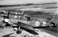 Asisbiz Messerschmitt Bf 109G2 FAF 2.HLeLv34 MT207 WNr 14741 Finland 1943 08