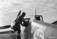 Asisbiz Messerschmitt Bf 109G2 FAF 2.HLeLv34 MT207 WNr 14781 Utin 24th Apr 1943 01