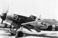 Asisbiz Messerschmitt Bf 109G2 FAF 3.HLeLv34 MT229 with 228 Finland 1943 02
