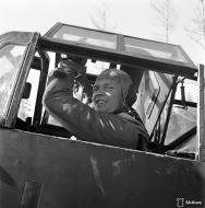 Asisbiz Messerschmitt Bf 109G2 FAF HLeLv24 Lt Tappi at Suulajarvi Finland 12th May 1944 01