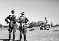 Asisbiz Messerschmitt Bf 109G2 FAF HLeLv34 MT214 and MT216 Utin 24th Apr 1943 04