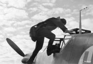Asisbiz Messerschmitt Bf 109G2 FAF HLeLv34 MT2xx Utin 24th Apr 1943 09