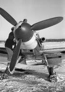 Asisbiz Messerschmitt Bf 109G2 FAF HLeLv34 MT2xx at Malmin 7th Jan 1944 02