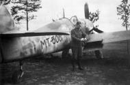 Asisbiz Messerschmitt Bf 109G6 Erla FAF 1.HLeLv24 MT506 Finland 1943 02
