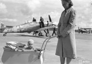 Asisbiz Messerschmitt Bf 109G6 Erla FAF 3.HLeLv24 MT439 Hans Wind Stkz NY+AJ WNr 164920 Utti 7th Sep 1944 01