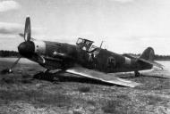 Asisbiz Messerschmitt Bf 109G6Trop FAF 1.HLeLv30 MT421 Finland 1943 01