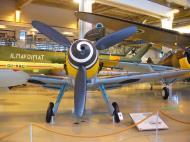 Asisbiz Walk Around FAF Messerschmitt Bf 109G6Trop 24