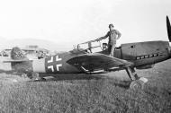 Asisbiz Messerschmitt Bf 109G10R3 Erla 5.JG11 Black 7 WNr 152033 captured 1945 01